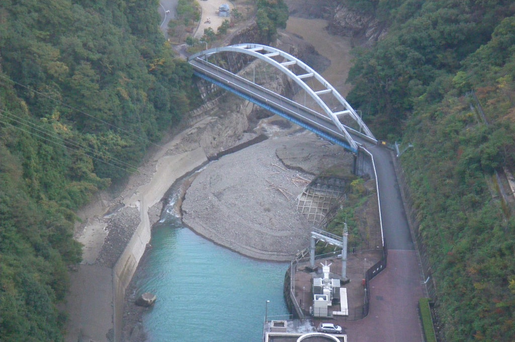 宮ヶ瀬副ダム堆積土砂撤去災害復旧工事
